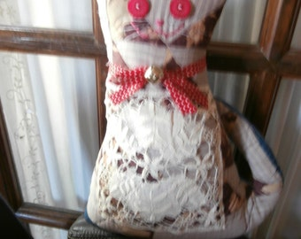 VINTAGE QUILT CAT Ooak Cat Pillow Basket Quilt  Brown with grey and vintage crochet bib