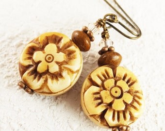 Tagua Nut Earring/Carved Flower Tagua Nut/Vegetable Ivory Earring/Tagua Jewelry/Tagua Nut Jewelry/Carved Tagua/Swarovski Crystal/Brass/Sale