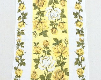 CLEARANCE SALE Vintage Towel Gorgeous Yellow Roses