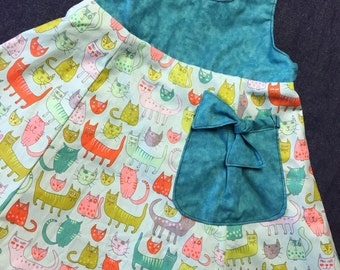 Reversible Teal cats Dress in sizes 5-8 years