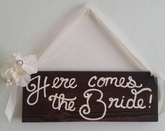 Rustic Here Comes the Bride! Sign/ Wedding Decor/ Rustic Cottage Chic Wood Wedding Sign