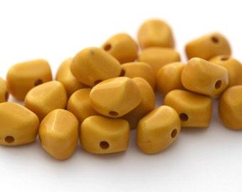 Vintage Lucite Mustard Ochre Nugget Beads 10mm (30)