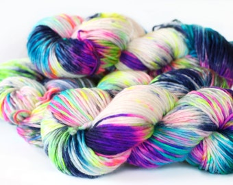 Jawbreaker 240 yards on 'Cloud' Yarn Base / DK-chunky superwash merino single, hand painted