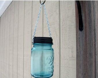 Sale Mason Jar Hanging Solar Light. Outdoor Lanterns, Garden Decor, Eco friendly vintage blue ball mason jar hanging light