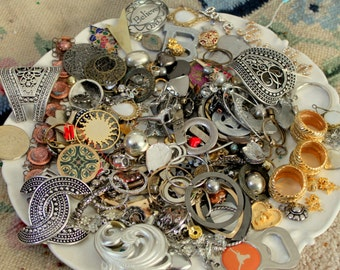 HUGE 1 POUND 15 Oz METAL Bead Findings Lot Silver Gold Tone
