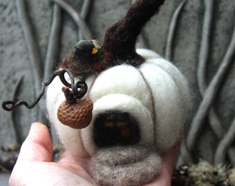 Pumpkin Fairy House decoration needle felt acorn porch light (woolcrazy) (made to order)