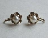 Vintage Silver Pearl Earrings Buttercup Flower Setting Japan Miyanoshita Fujiya Shop Original Display Box