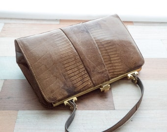 Vintage Leather Snap Frame Purse