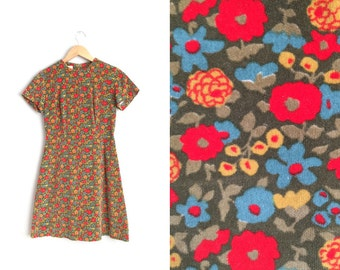 1960s FLORAL Velvet Mini Dress // Mod - Olive Green - Vintage '60s/'70s. Size XXS/XS.