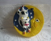 Nursery Rhyme Cow Jumped Over The Moon Button Mother Goose