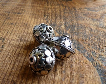 Sterling silver Bali beads