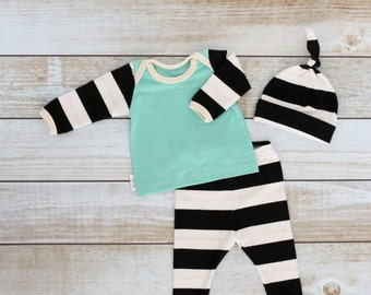 Gender Neutral Going Home Set - Baby Coming Home Set - Baby Black and White Set - Newborn Take Home Set - Baby Hospital Set - Boy Take Home