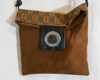 Classic Fold Over Messenger Bag. FREE SHIPPING!