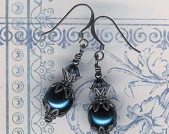Dark Sapphire Glass Pearl Earrings, Bridal, Navy Blue Pearl Earring, Gunmetal, Art Nouveau, Bridesmaid Pearl Earring, Mothers Day, Navy