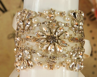 Wedding Bracelet Crystal Bridal Bracelet Wedding Jewelry Wedding Cuff Bridesmaid bracelet Wedding Accessories