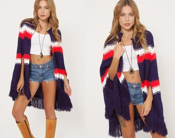 Vintage 70s Red White & Blue Poncho AMERICANA Sweater FRINGE Poncho Hippie Poncho STRIPE Poncho