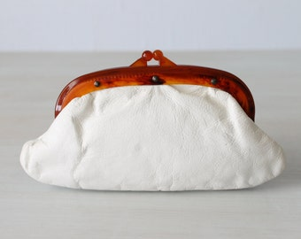 Vintage White Leather Clutch / Small Purse / 1970s Handbag / Tortoise Frame