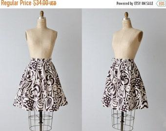 SALE Vintage 1960s Skirt / 60s Skirt / Black and White  Skirt / Novelty Print Skirt / Midi Skirt