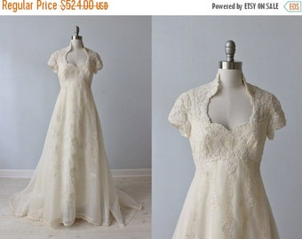 SALE 1970s Wedding Dresses / Vintage 70s Wedding Gown / Boho / Lace and Chiffon / High Neck