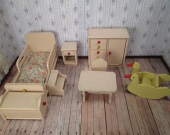 Strombecker Dollhouse Child's Bedroom or Nursery - One Inch Scale - 1938