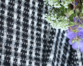 R 195  antique handloomed lin BLACK WHITE 11.14yards by 23.62inches ; upholstery fabric wool and lin cushion pillow