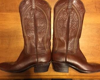Women's cowboy boots 6.5