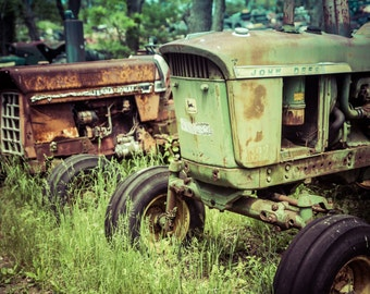 John Deere, Green Tractor Art Print, Old Farm, Rustic Artwork, Antique Machines Photography, Rusted Metal, Farmhouse Wall Decor, Farm House