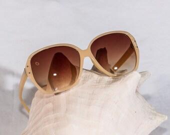 Vintage women's 80's sunglasses oversize cream plastic