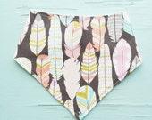 Plucked feathers baby bandana bib