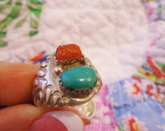 Chunky Vintage Southwest/Native American Silver/Turquoise/Coral Ring Size 9 1/2 Signed W