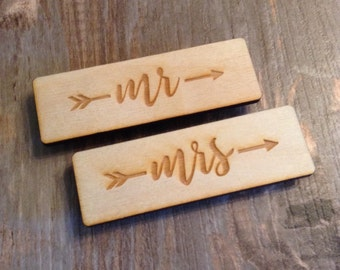 Mr and Mrs Wedding Name Tags, Rustic Birch Wood Engraved Name Tags, Rustic Wedding Signs