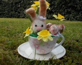 Easter bunny rabbit egg paper mache cup daffodil flowers felt art craft gift