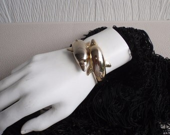 Vintage Dolphin Bangle Bracelet in Gold Tone size small for Young Women