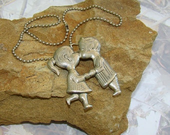 Kissing Necklace Little I Love You Smooches Sweet Vintage Pendant Husband and Wife in Love