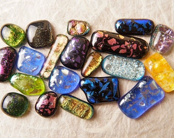 Lot of 20 Dichroic Fused Glass Beads Cabs Cabochons