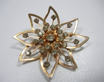 Star rhinestone pendant brooch / Gold and rhinestone flower necklace / sunburst / gold metal / 1-cent shipping / mothers day