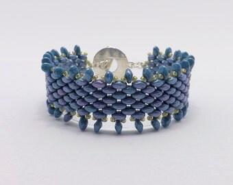 Blue Luster Fringe Beaded Bracelet - fits 7 inch wrists Sku: BR1019
