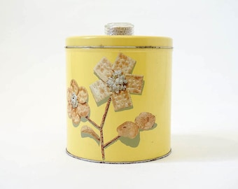 Vintage 1950s Canister / 50s Blue Magic Krispy Kan Canister / Buttercream Yellow Enamel Tin, Cookie Cracker Canister, Food Storage