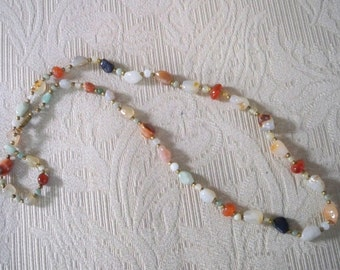 Vintage Jewelry Polished Stone Necklace Multi Color Stone Necklace