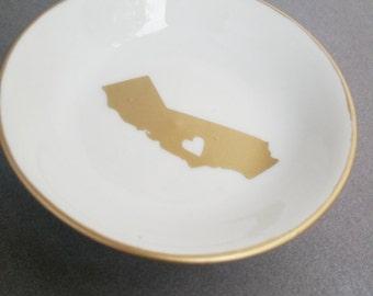 State Love Jewelry Dish, Custom Jewelry Tray, Personalized Jewelry Dish, Coin Dish, Initial Jewelry Tray, Monogram, Ring Dish