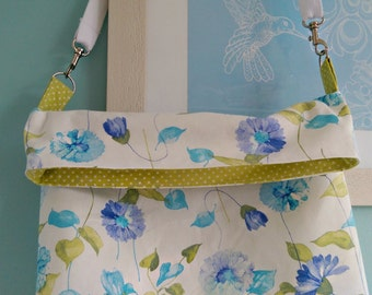 Reversible Messenger Bag Sewing Pattern by Lilly*Blossom
