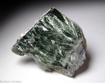 Green Seraphinite Crystal Slice, Half Polished Piece // Heart Chakra // Crystal Healing // Mineral Specimen