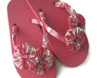 Pink White Tropical Floral Decorated Flip Flops