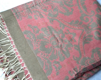 Vintage Damask Tablecloth Scarf - Reversible 52 x 59 Woven Textile