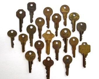 20 keys, key collection, wholesale keys, lots of keys, jewelry keys, craft, antique keys, diy key, key assortment, real, authentic, A1, 12