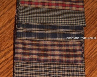 Dunroven House 7 Primitive Homespun Navy / Wheat / Red Fabric Fat Quarters