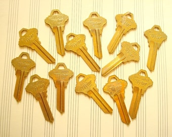 Vintage keys, 13 key blanks, Taylor brass keys, locksmith keys, door keys for crafts, jewelry making, scrapbooks, industrial accents