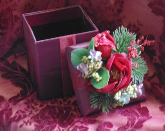 CLEARANCE!! Ready Made Gift Box Christmas Wrapping Gift Giving Home Decor