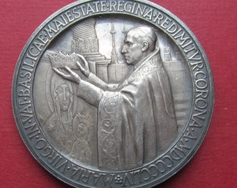 Coronation Of The Virgin Mary Antique Pope Pius XII  Annual Silver Religious Medal  1954   SS157