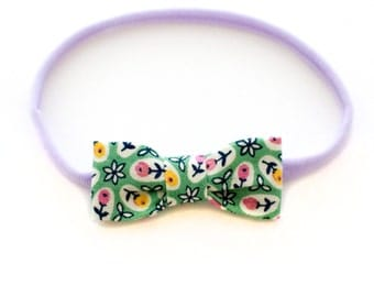Green Floral Headband for Little Ones - Cotton Baby Bow with Stretchy Elastic - Newborn to Toddlers - Handmade by Mane Message on Etsy
